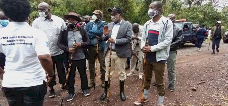 TOURISME/SUD-KIVU : Ministre congolais du tourisme visite le parc national de Kahuzi Biega
