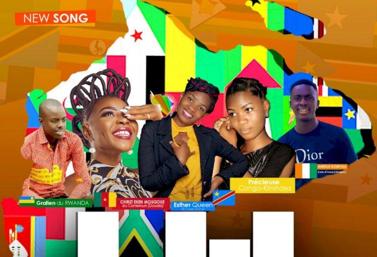 «Afrique champion», cinq artistes du groupe Kongoloko film chantent l'unité africaine.