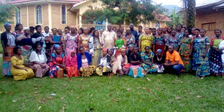 Rutshuru : le fonctionnaire délégué du gouverneur reçoit à cœur ouvert les doléances des associations féminines.