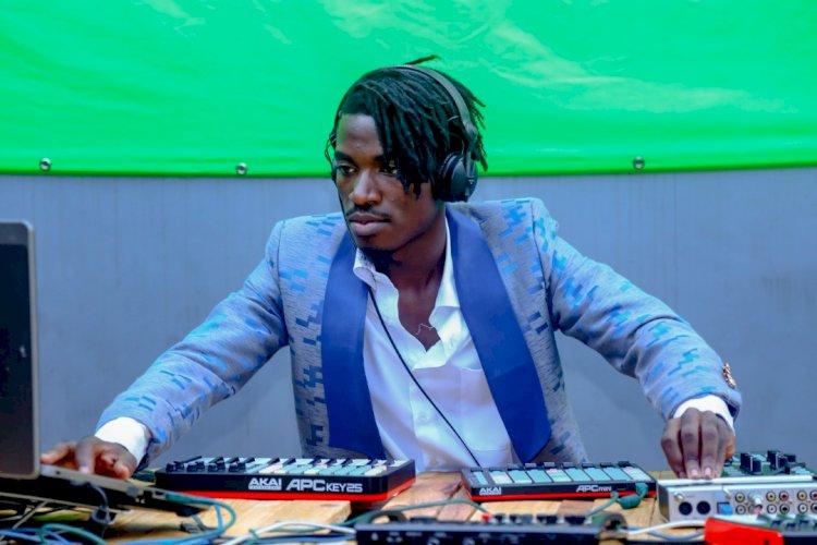 En deux points, voici Nach Musik et son style ''Afro Confusion''